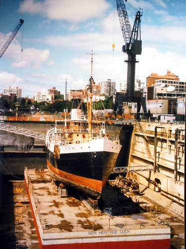 JO-in-dock-3-1997-sm