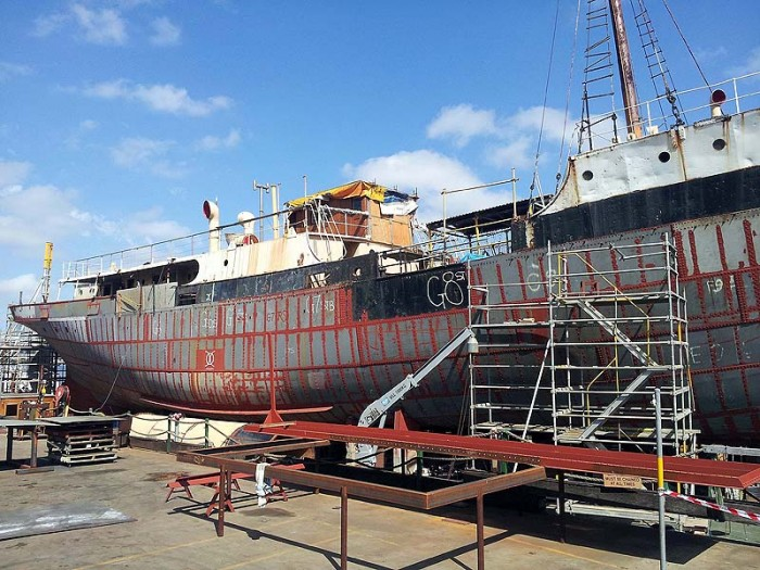 John Oxley looking a bit sad with funnel, wheelhouse and bridge removed